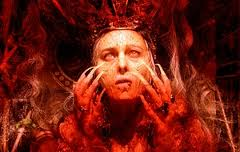 Длинное красное платье елизаветы батори