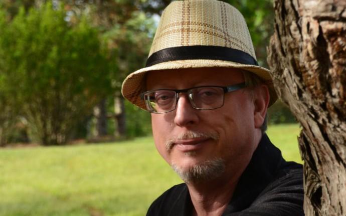 Тим Ваггонер: «Быть писателем — значит создавать связи»