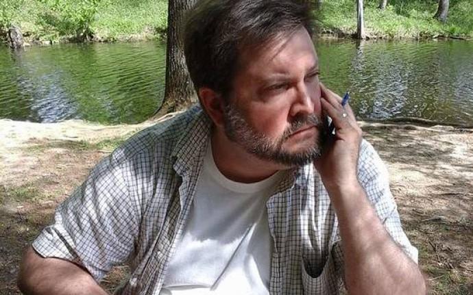 Джон Лэнган: «Знаком со стихотворениями Цветаевой, Евтушенко, Бродского»