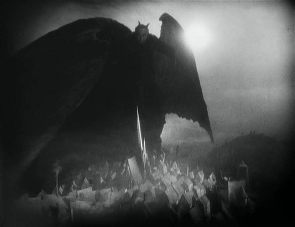 Покрывший город тьмой Сатана в фильме Фридриха Мурнау «Фауст»