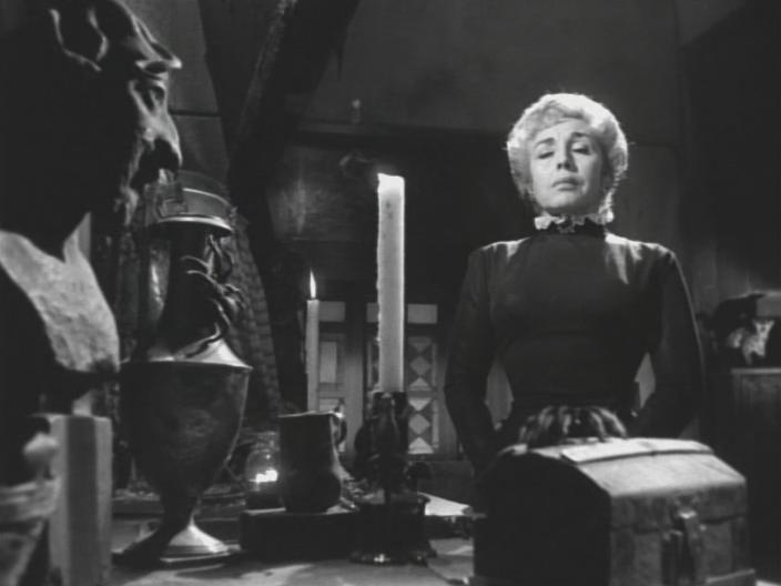 Зеркало ведьмы