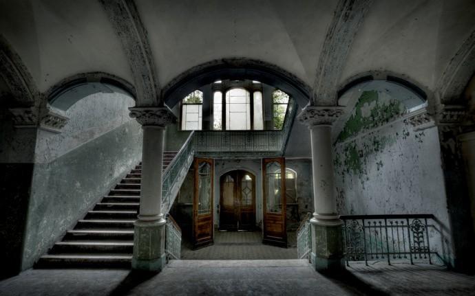 Советские привидения на обломках Империи